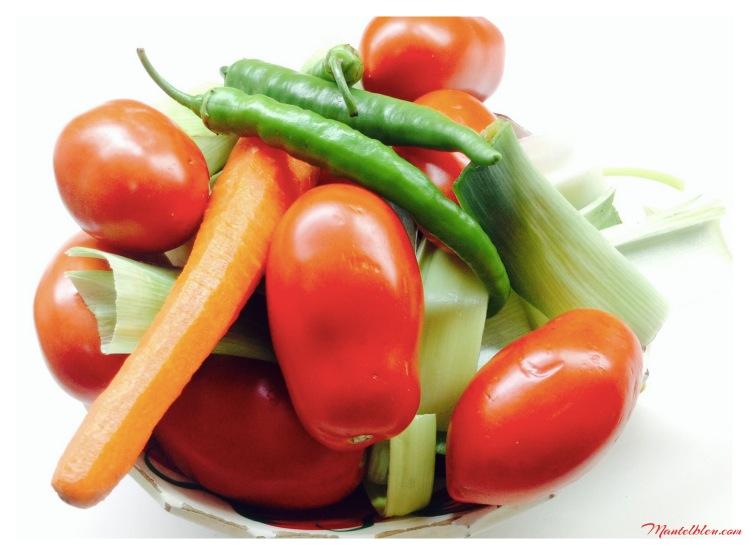 Sopa de tomate con crujiente de morcilla ingredientes