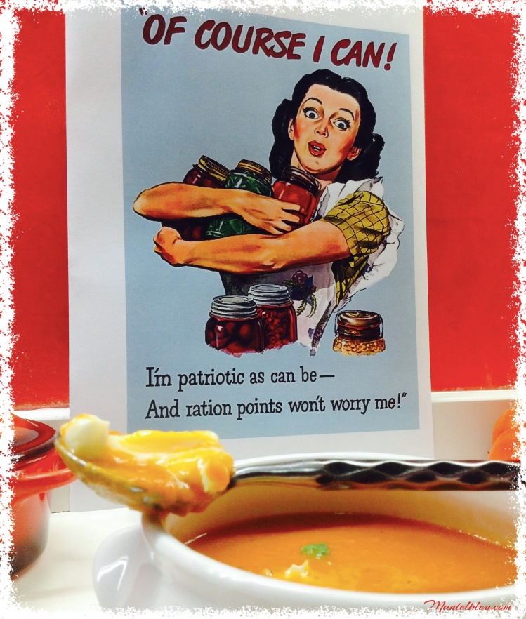 Crema de tomate con huevo poché 5