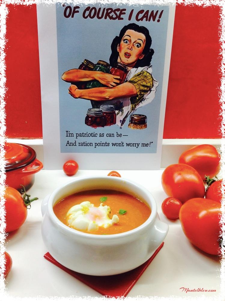 Sopa de tomate con huevo poché 1