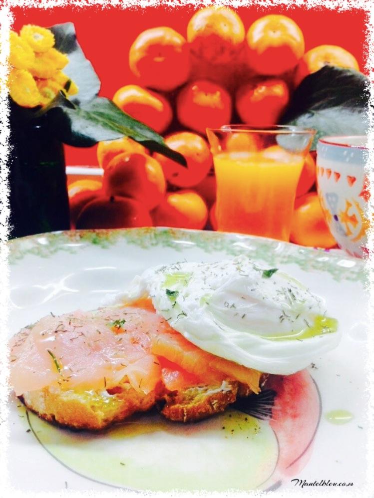 Tosta con salmón y huevo noruego 2