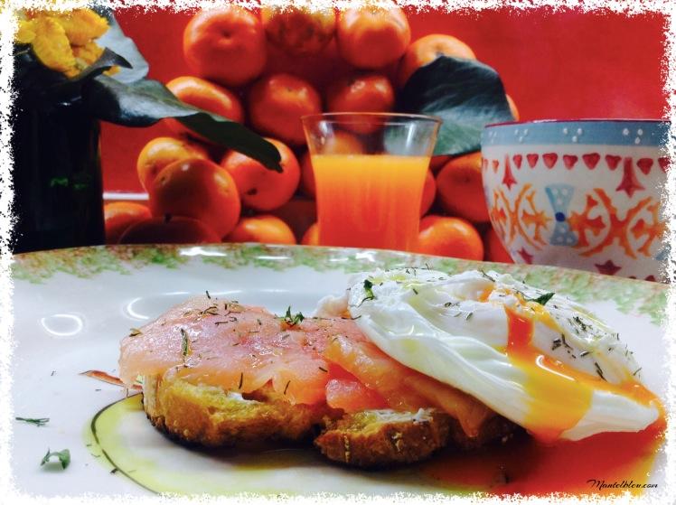 Tosta con salmón y huevo noruego 1