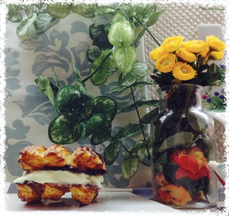 Persianas de hojaldre rellenas de crema de mantequilla 5