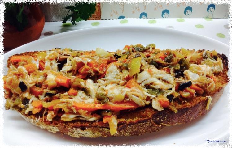 Tosta de verdel con verduras pochadas 2