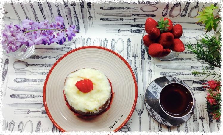 Pastel con fresas y crema de mantequilla 11