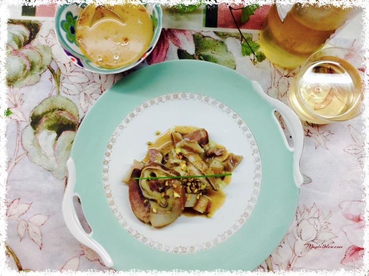 Pastel de cerdo con salsa de cebolla y pistachos 3