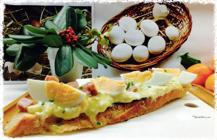 Tosta-de-huevos-en-salsa-verde-con-taquitos-de-pavo_Fotor