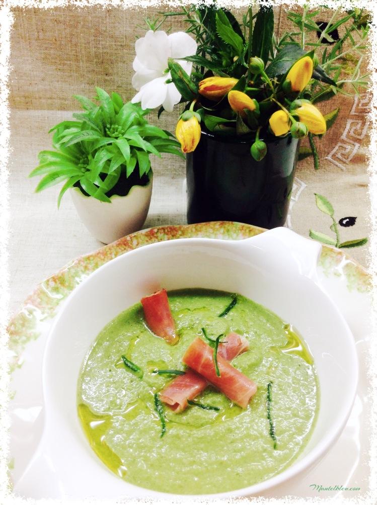 Gazpacho de lechuga con rollitos de jamón 1