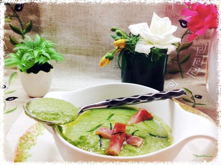 Gazpacho de lechuga con rollitos de jamón 2