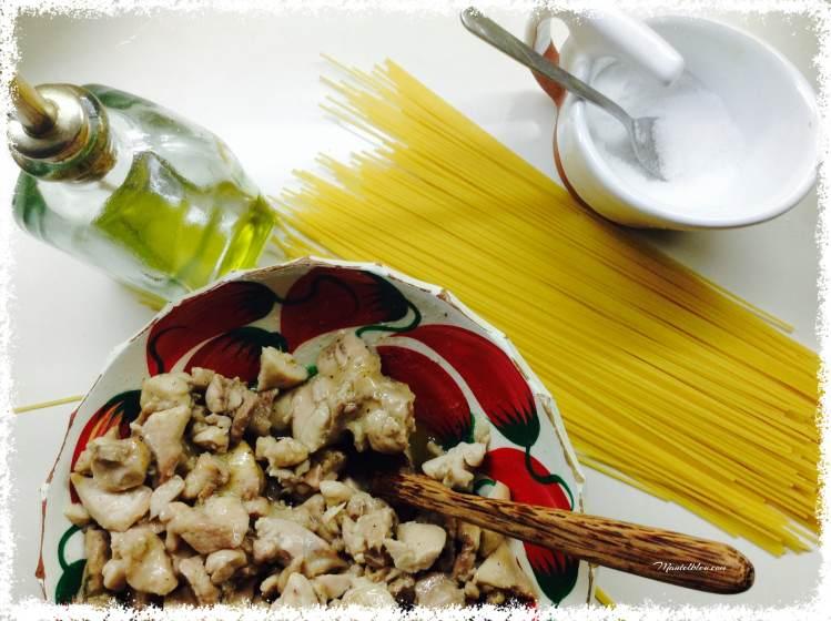Espagueti con pollo al ajillo Ingredientes